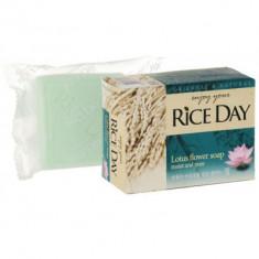 Мыло CJ Lion Rice day с экстрактом лотоса 100г