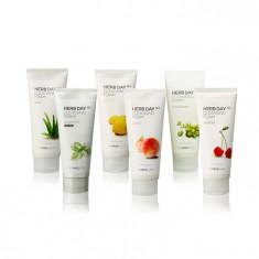 пенка для умывания с растительными экстрактами the face shop herb day 365 foaming cleanser foam